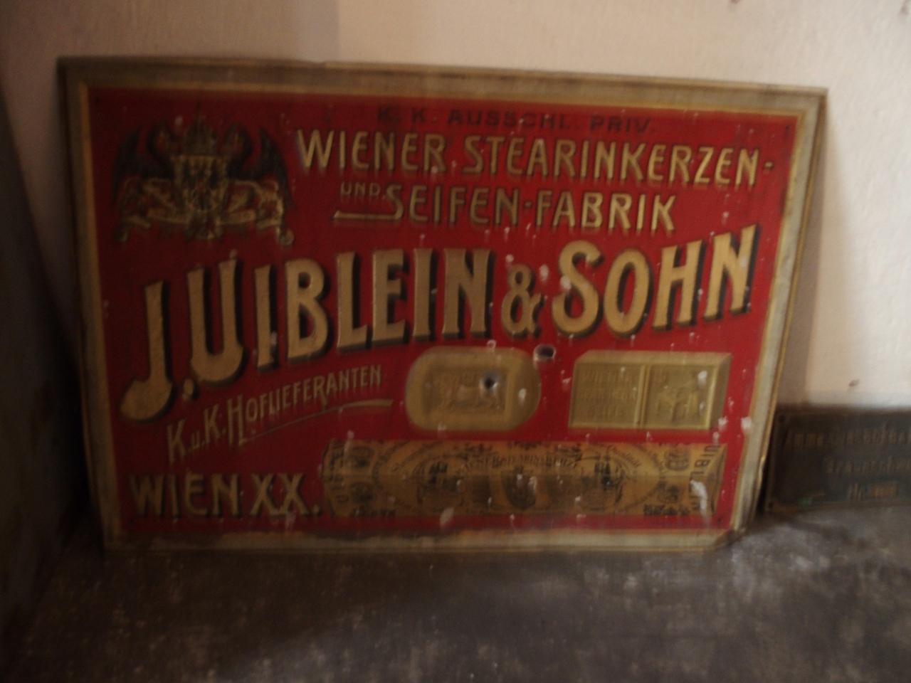 """Firmenschild """"J. Uiblein & Sohn"""""""