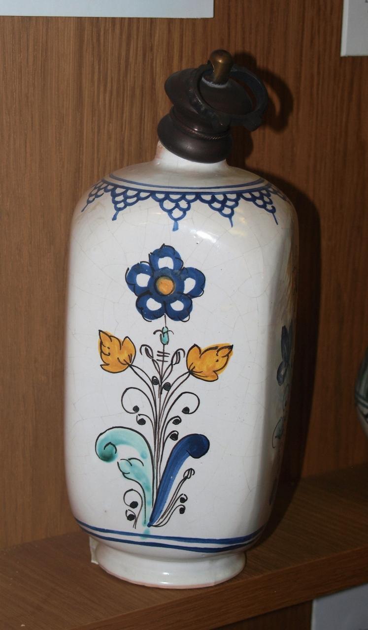 Flasche viereckig