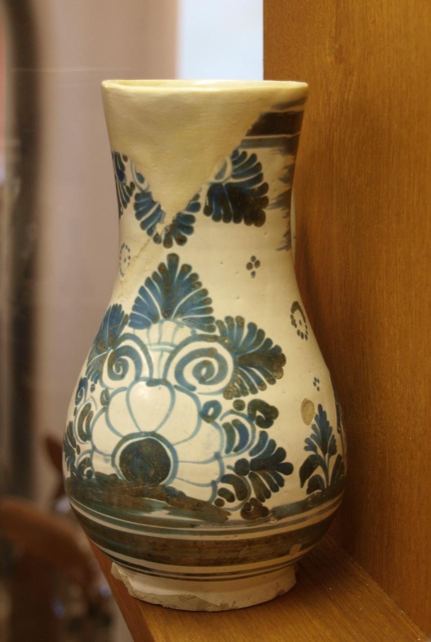 Vase blau bemalt