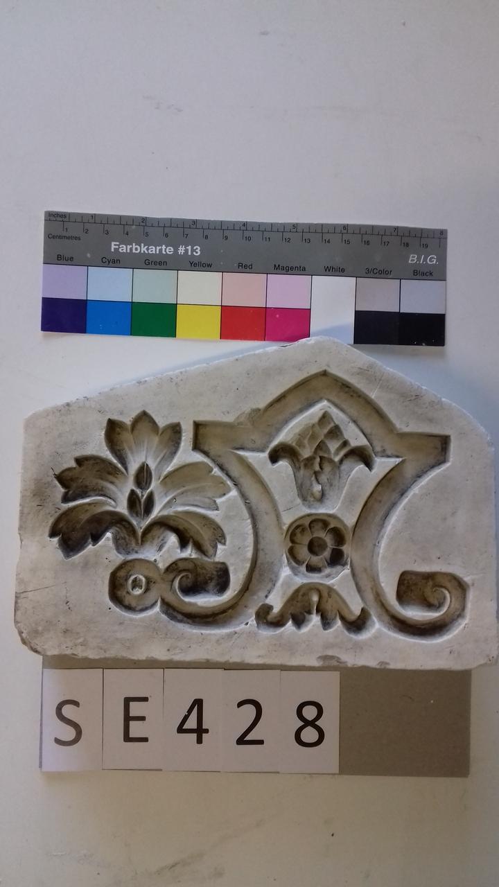 Negativform Detail florales Jugendstilmotiv