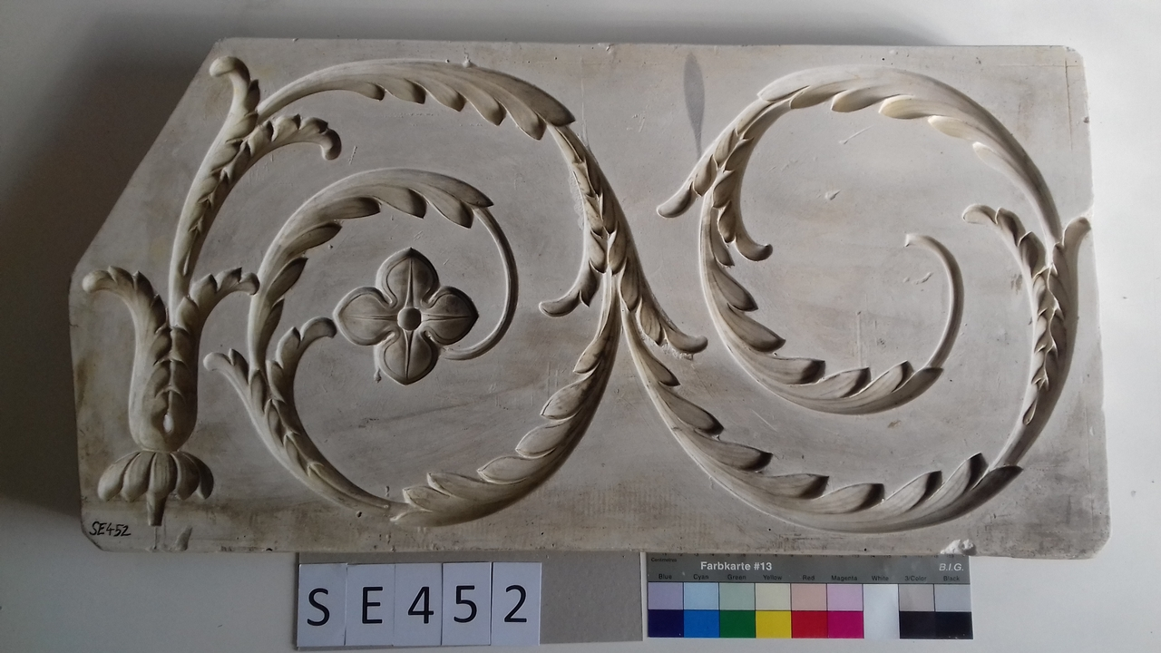 Negativform Detail 2 Akanthusvoluten