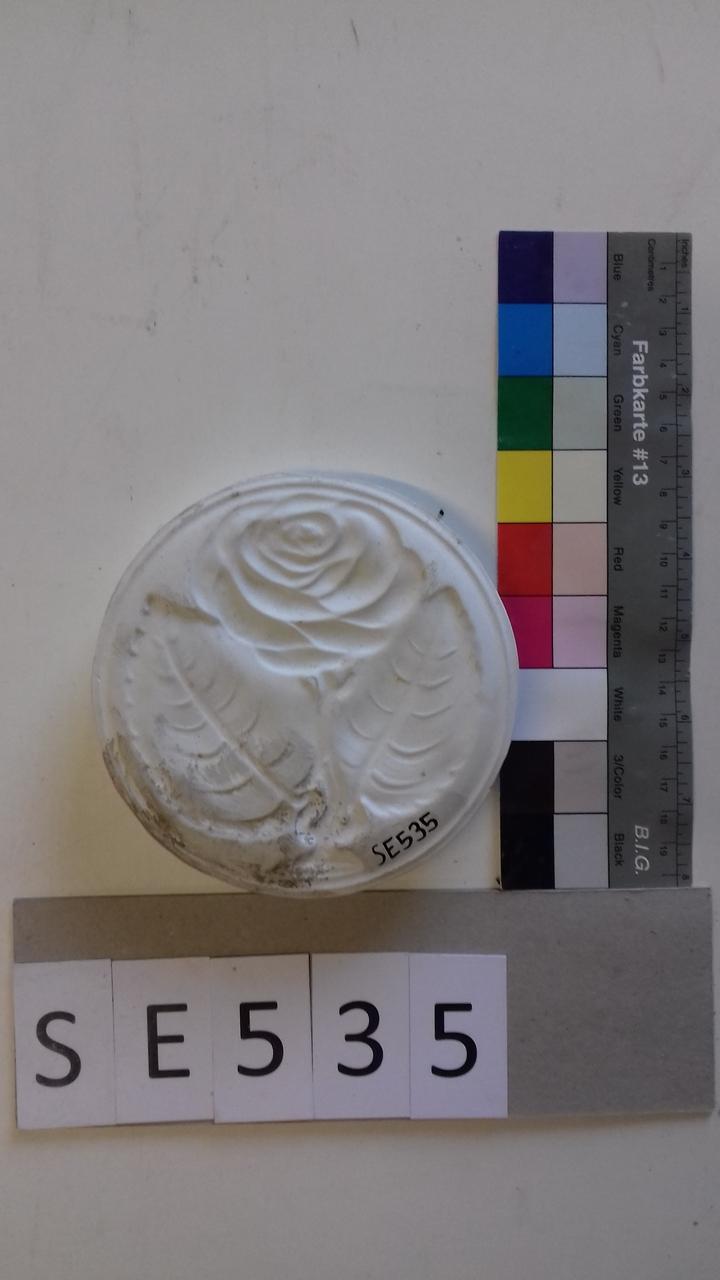 Negativform Detail Rose mit 2 Blättern