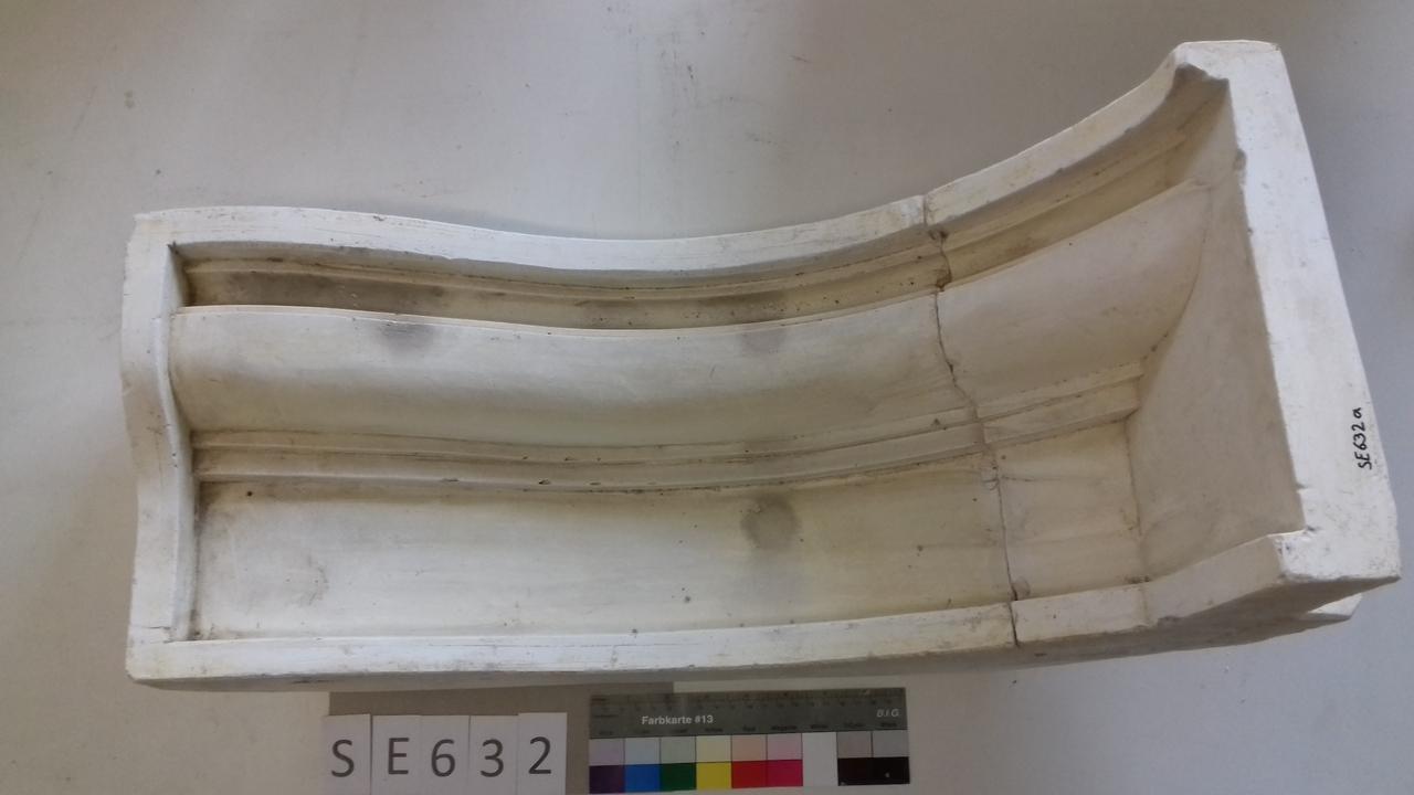 Negativform Sockelseitenteil rechts Barockofen