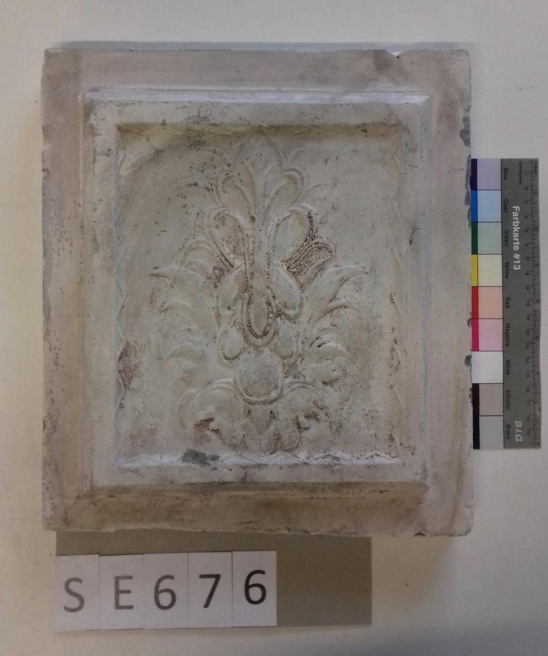 Mutterform ledige Kachel mit floralem Motiv