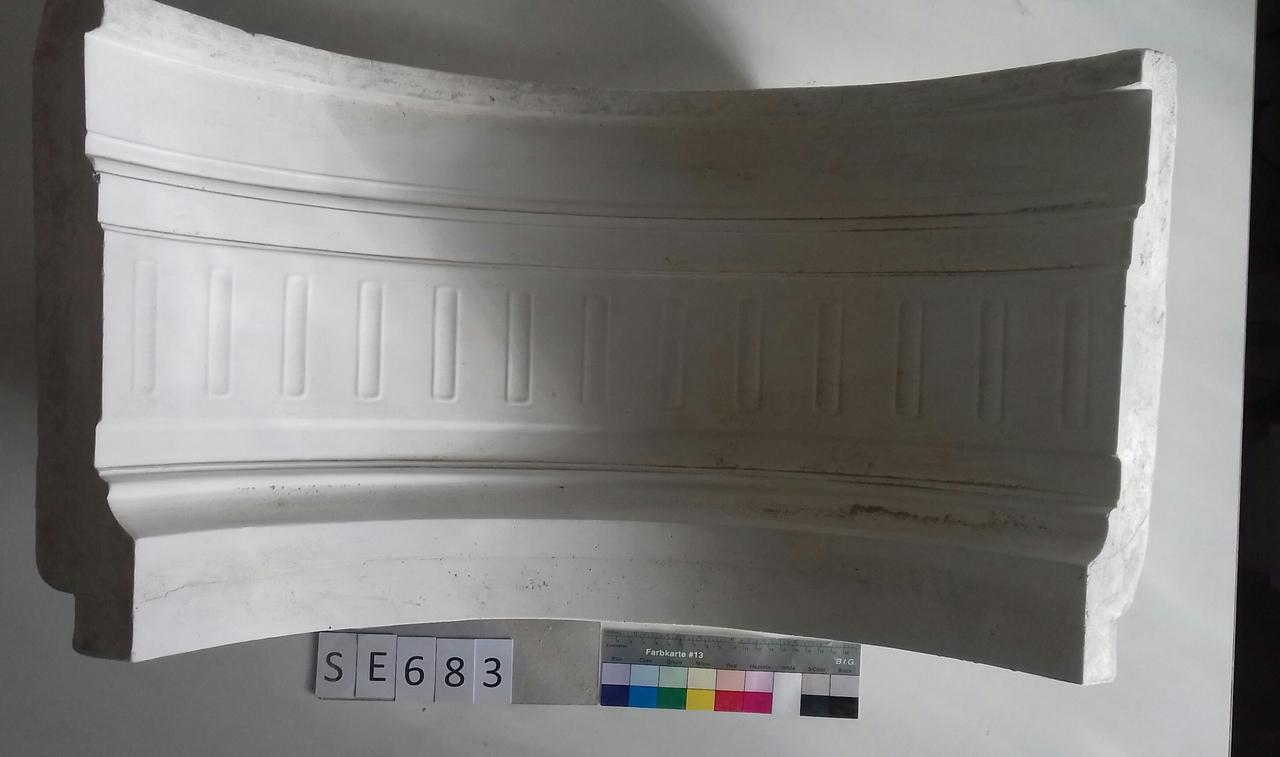 Negativform Sockelteil Zierleiste mit Kanneluren