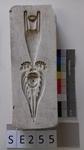 Negativform Detail mit Antikem Engel und Vase