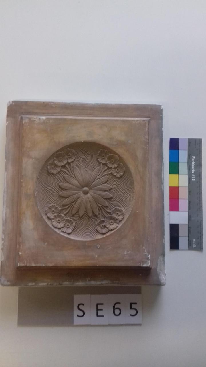 Mutterform ledige Kachel mit zentralem Blumenmotiv
