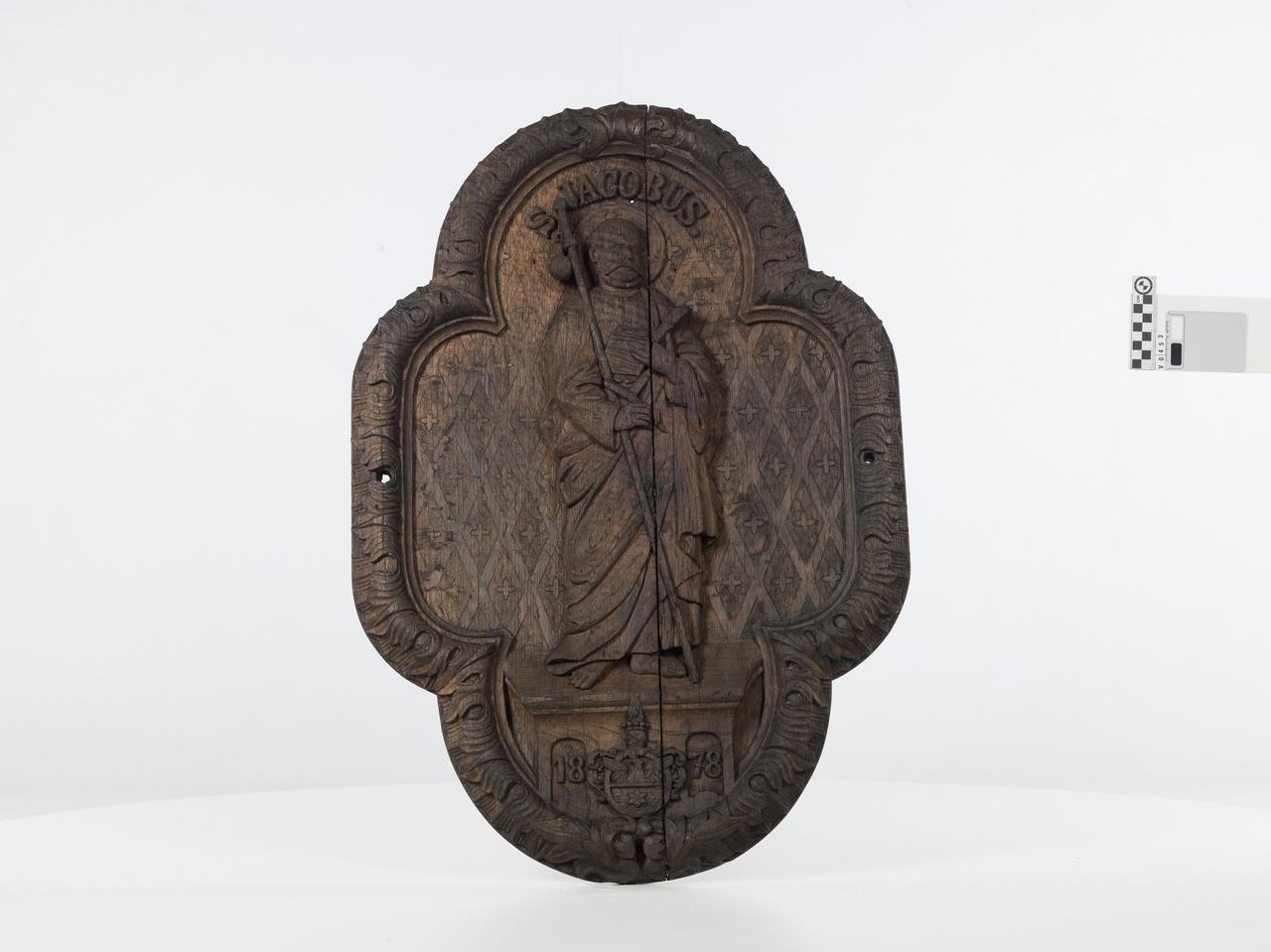 Reliéf zo suda zroku 1878, sv. Jakub - Fassboden mit Relief des Hl. Jakob von 1878